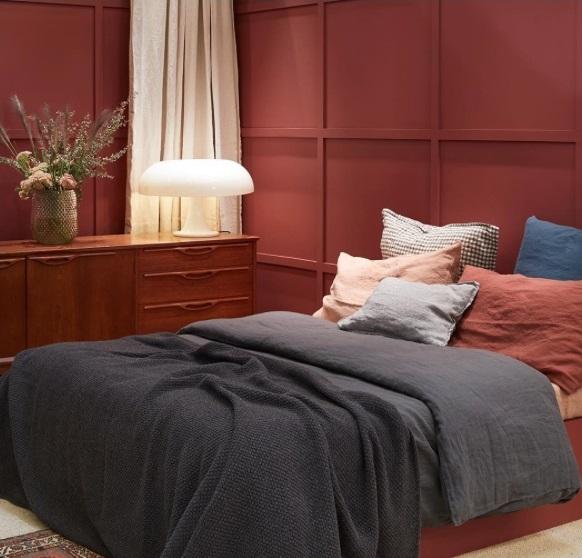 chambre terracotta linge de lit lin lavé gris