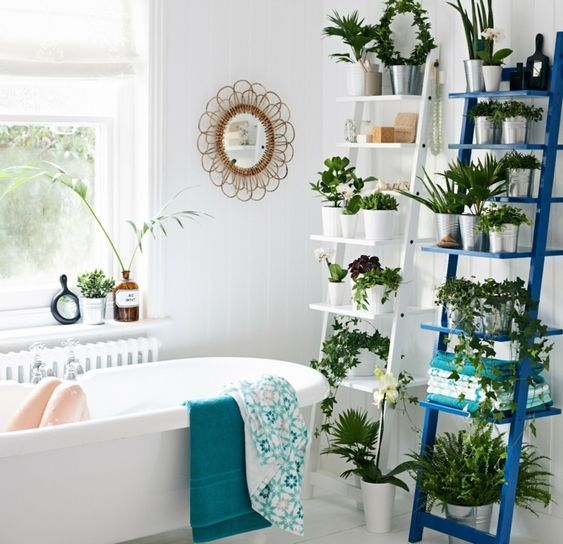 salle de bain jungle plantes en vacances